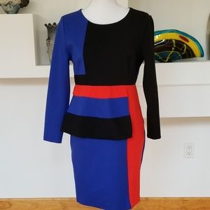BEAUTIFUL Stretchy Lined Blue, Red & Black Dress.